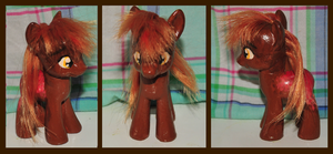 Redwood custom pony by Frootsalad