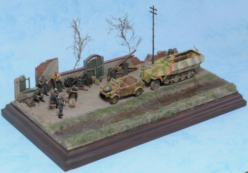 SdKFz 251 and Kubelwagen 1:72 (4) by Low688