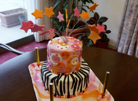 my middle daughter's bday cake by Rashakamel