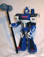 Needle Felted TFA Ultra Magnus by GlassCamel
