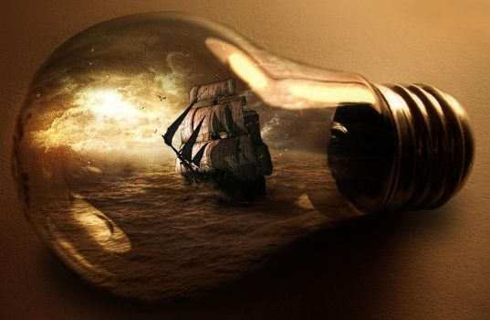 ship in the bulb by tinege