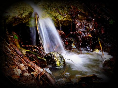 Little waterfall by ANorthernStar