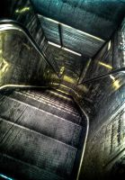 Rolltreppe HDR by thomasvillhauer