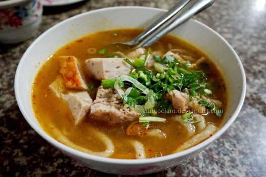 Banh canh - Vietnamese cuisine by vungoclam
