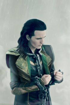 Loki cosplay: the chains I've made for myself by FahrSindram