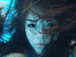 underwater portrait 9 by pinuprock