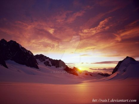 SUN SET  IN ICE MOUNTAIN by RAIS1