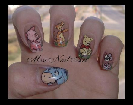 pooh nails by MesiaszCiszy