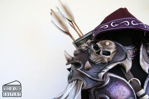 Sylvanas pauldron lateral by Dewbunch